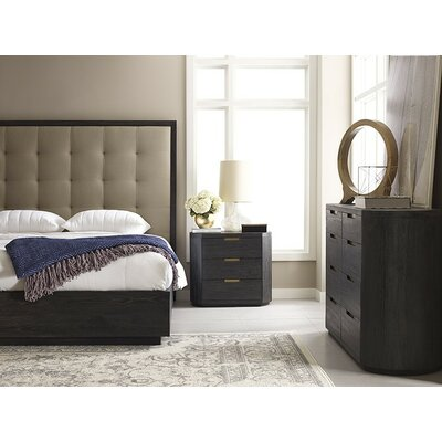 Palmer Platform Customizable Bedroom Set