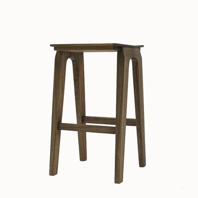 Arquette 26 Bar Stool