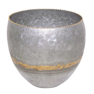 Iron Pot Planter