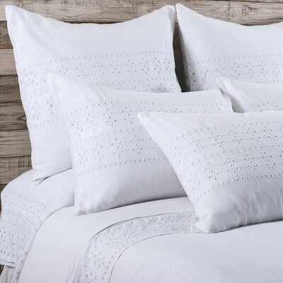Layla Sham Size: King, Color: White