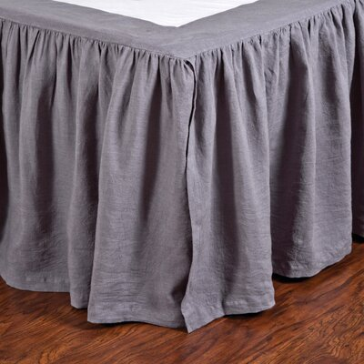 Gathered Linen Bed Skirt Size: Queen, Color: Slate