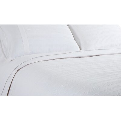 Quinn Duvet Size: Queen, Color: White