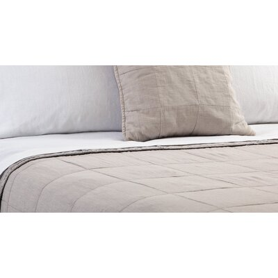 Antwerp Coverlet Size: King, Color: Natural