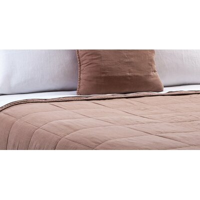 Antwerp Coverlet Size: King, Color: Praline