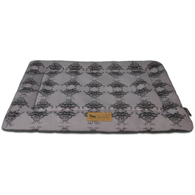 Chill Dog Pad Size: 24 L x 18 W