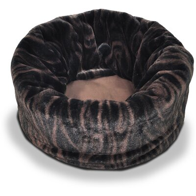 Snuggle Dog Bed Size: 18 L x 13 W