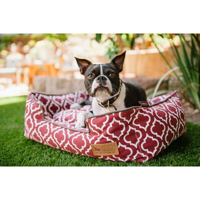 Moroccan Lounge Dog Bed Size: Small (24 L x 19 W), Color: Marsala