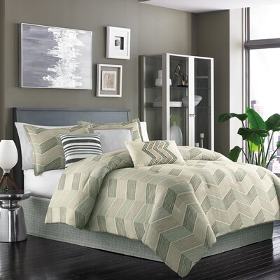 Niko 7 Piece Reversible Comforter Set Size: King