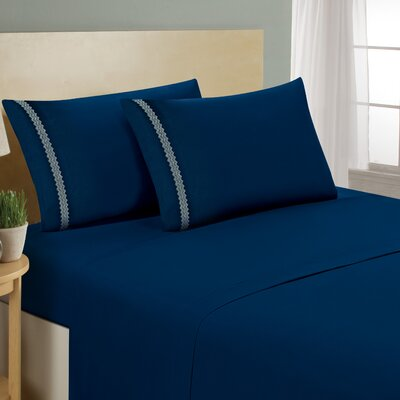 Chevron Double Brushed Sheet Set Size: Queen, Color: Navy/Cream