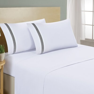 Chevron Double Brushed Sheet Set Size: Full, Color: White/Black