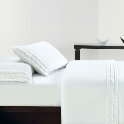 Ruffle Sheet Set Size: Queen, Color: White