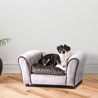 Westerhill Dog Sofa Size: Medium (30 L x 20 W)