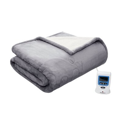 Heated Plush to Berber Blanket Size: King, Color: Gray