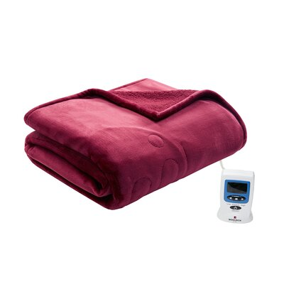 Heated Plush to Berber Blanket Size: Queen, Color: Garnet