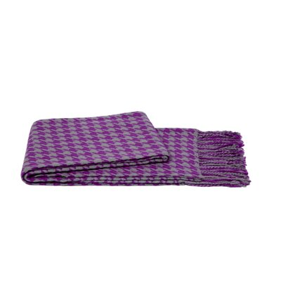 Houndstooth Throw Color: Gray / Violet