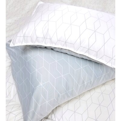 Oaks Pillow Case Size: Standard/Twin