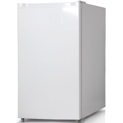 44 Cu Ft Compact Refrigerator With Freezer Color White image