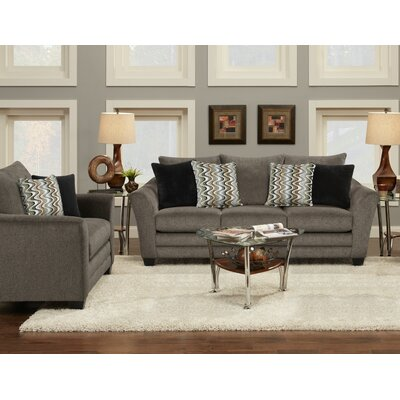 Harrietstown Living Room Collection