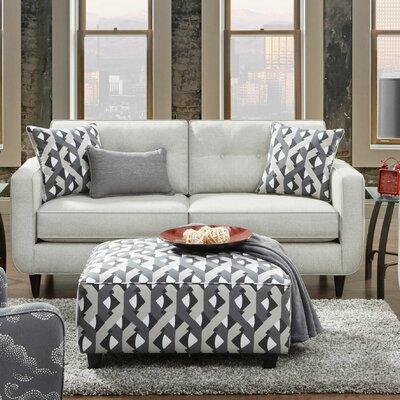Kenner Sofa