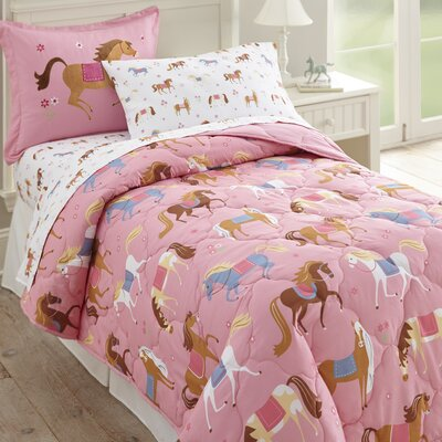Olive Kids Bed-in-a-Bag Set Size: Twin