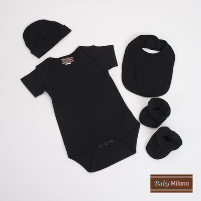Unisex Baby Clothes Gift Set in Black Size: 6-12 Months