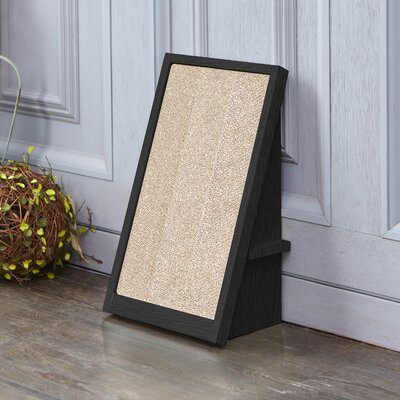 Ivy Incline Scratching Board Color: Black