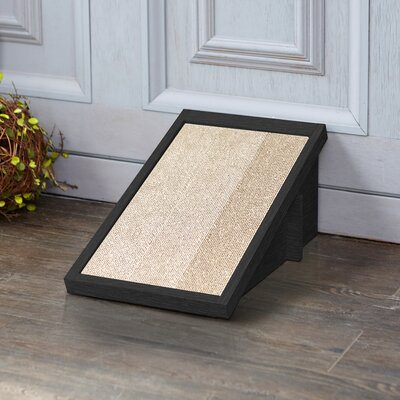 Incline Scratching Pad Color: Black