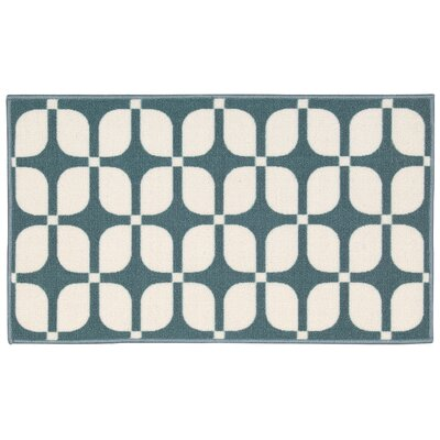 Fancy Free & Easy Aqua Area Rug Rug Size: 1'8