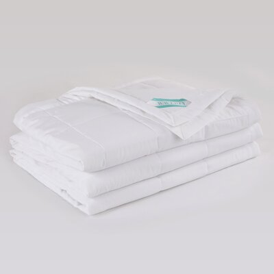 Peachy� Down Alternative Blanket Size: Twin, Color: White