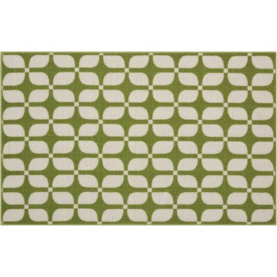 Fancy Free & Easy Unparalleled Green/Ivory Area Rug Rug Size: Rectangle 26 x 4