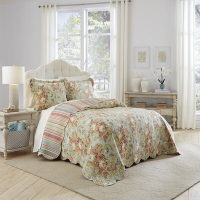 Spring Bling 3 Piece Reversible Quilt Set Size: King