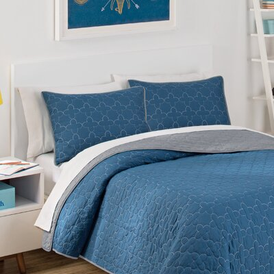 Framework 3 Piece Reversible Quilt Set Size: Full, Color: Indigo