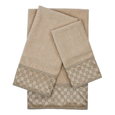 Montgomery Embellished 3 Piece Towel Set