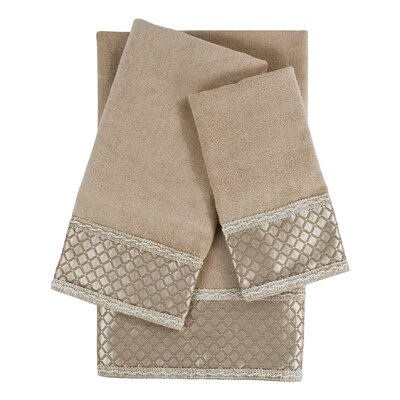 Manor Embellished 3 Piece Towel Set