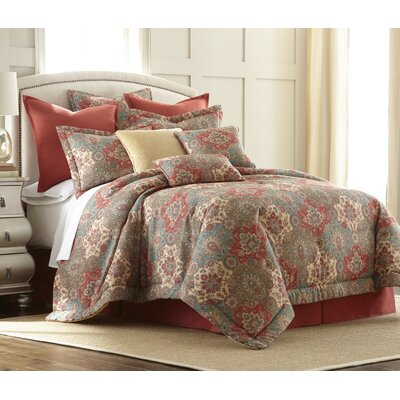 4 Piece Comforter Set Size: Queen