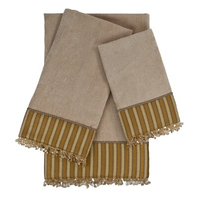Mulligan 3 Piece Embellished Towel Set