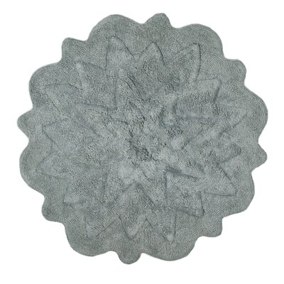 Over Tufted Petals Bath Rug Color: Gray