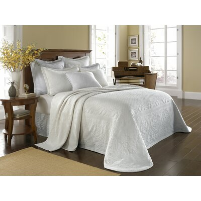 Historic Charleston King Charles Matelasse Bedspread - Size: King Color: White