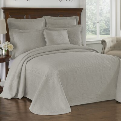 King Charles Matelasse Bedspread Size: King, Color: Gray