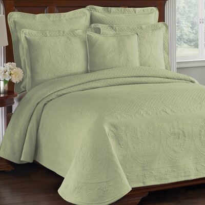 Charles Matelasse Coverlet Size: Queen, Color: Sage
