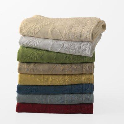 King Charles Matelasse Bedspread Size: Full, Color: Ivory