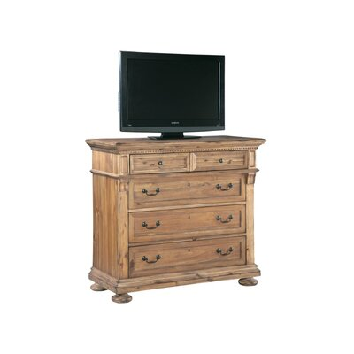 Wellington Hall 5 Drawer Dresser