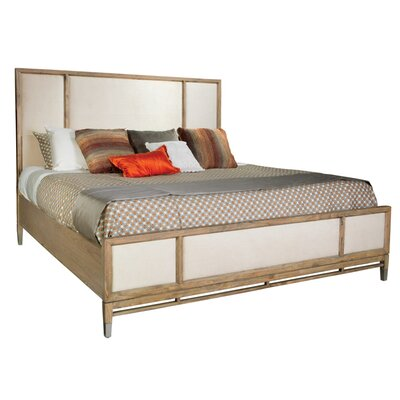 Avery Park Panel Bed Size: Queen