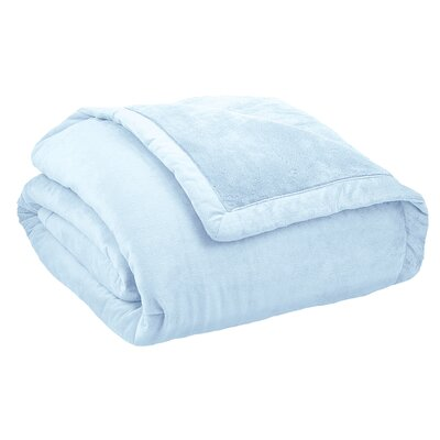 Stratton Thinsulate Throw Blanket Size: King, Color: Light Blue