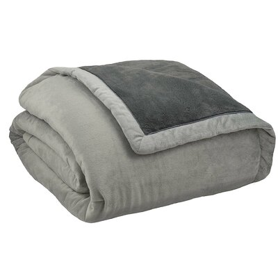 Stratton Thinsulate Throw Blanket