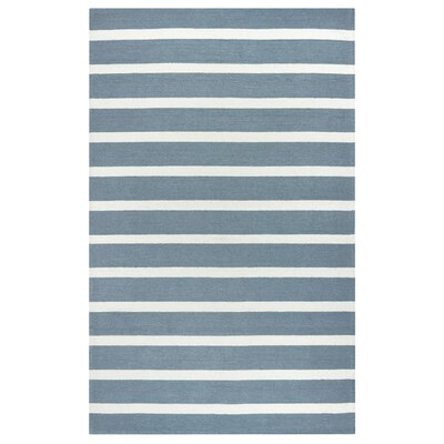 Azzura Hill Hand-Tufted Gray Indoor/Outdoor Area Rug Size: 5 x 76