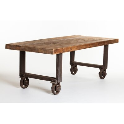 Sassa Dining Table