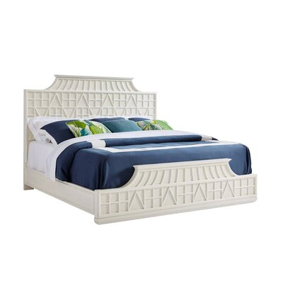 Havana Crossing Amistad Fretwork Panel Bed Size: King, Color: Finca White