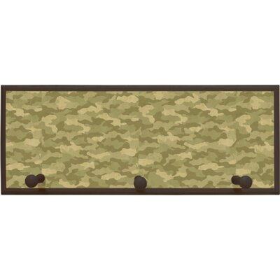 Camouflage Wall Plaque with Wooden Pegs PLK-1263-BR
