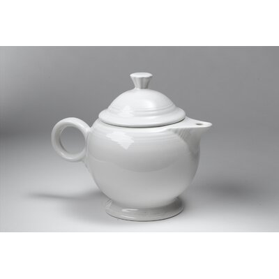 Fiesta White 44 Oz Covered Teapot